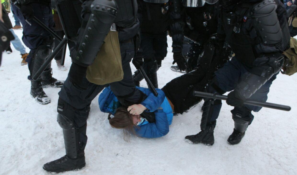 Бруталност полиције у Москви на протестима 31.01.2021.